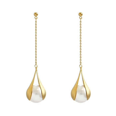 products/pearl_drop_earrings_gold_color.jpg