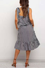 Load image into Gallery viewer, Spring Black White Plaid Dress Pocket 2 Piece