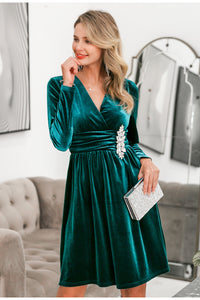 Velvet dress for party green cross v neck above knee