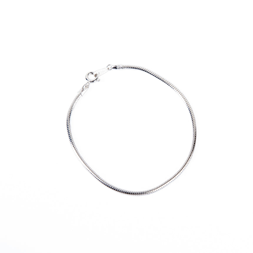 B.P. | KEEP SAFE EARRING
