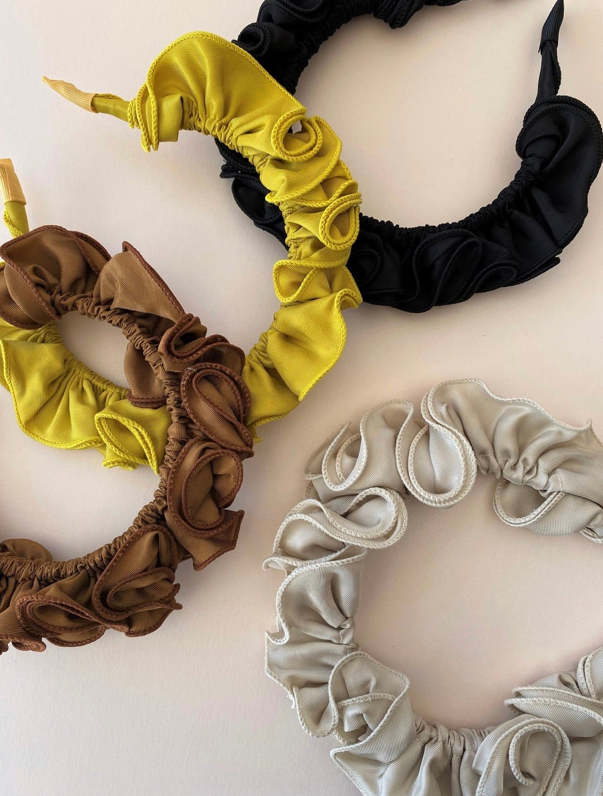 THE LEILA RUFFLE BANDS
