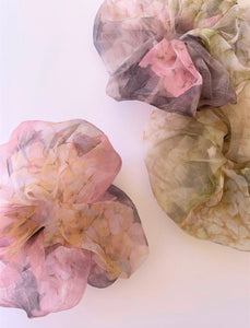 THE AZALEA ORGANZA SUPER SCRUNCHIES - SET OF 3