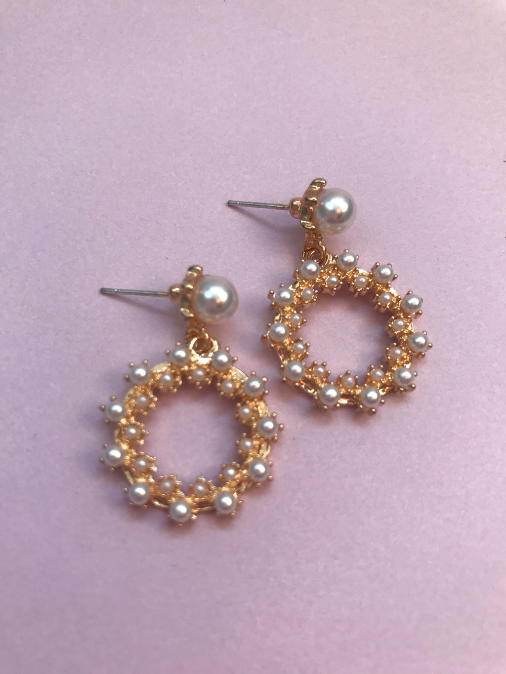 THE SIENNA GOLD HOOP EARRINGS