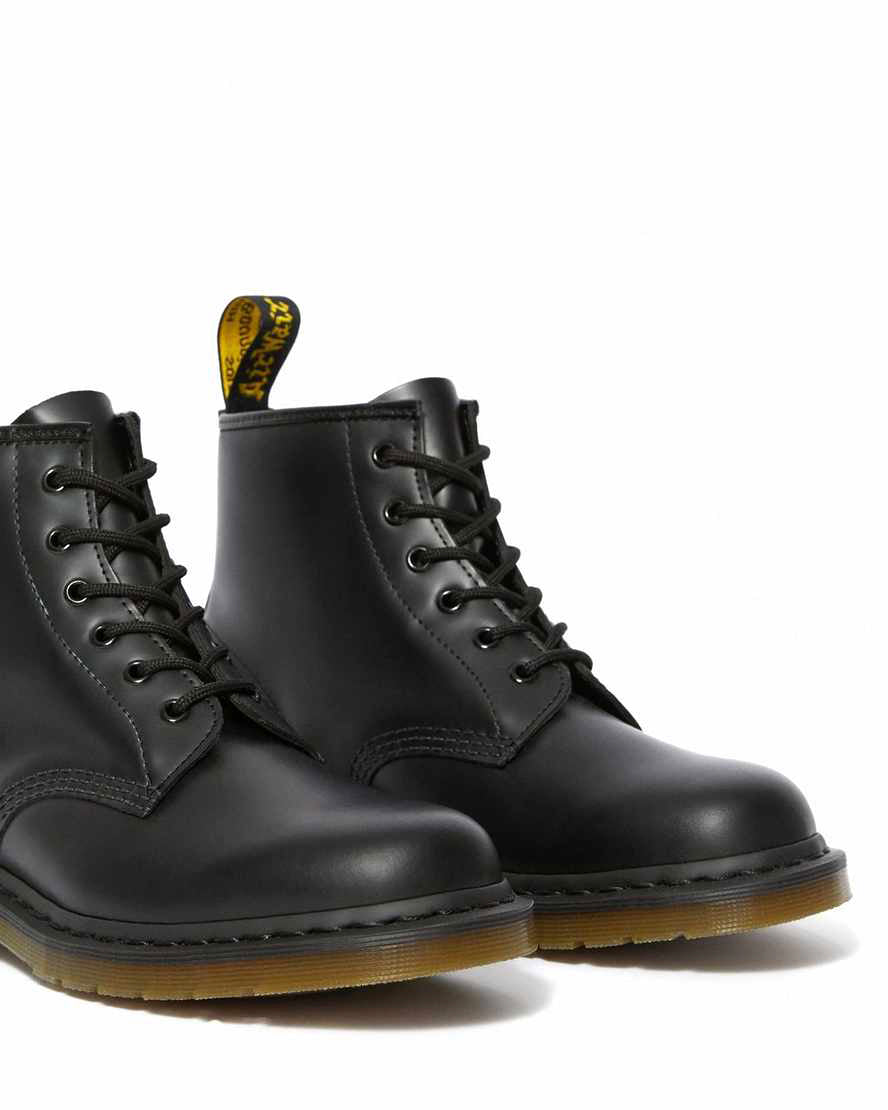 DR.MARTENS-101 ANKLE BOOT-BLACK SMOOTH