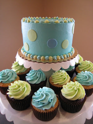 GREEN AND BLUE COMBO CAKE