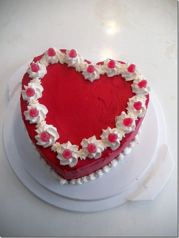 HEART RED VANILLA CAKE