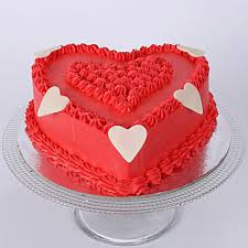 RED VANILLA HEART CAKE