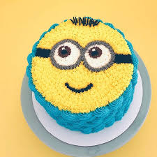 FRESH CREAM MINION CAKE