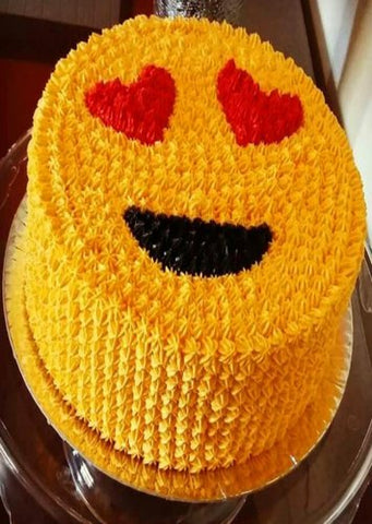 LOVELY SMILEY CAKE