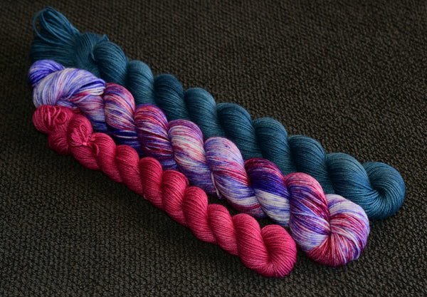 Roses are Red, Violets are Blue Colourwork Set - 2x50g & 20g mini skein