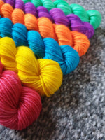 Knit the Rainbow 6x20g mini skeins - rainbow mini skeins