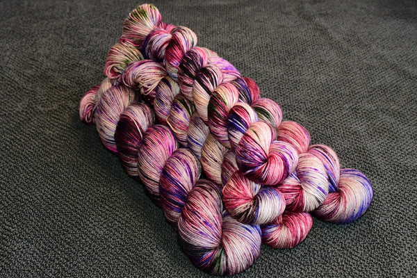 Invisibility Cloak - Sock Set with 20g Mini Skein