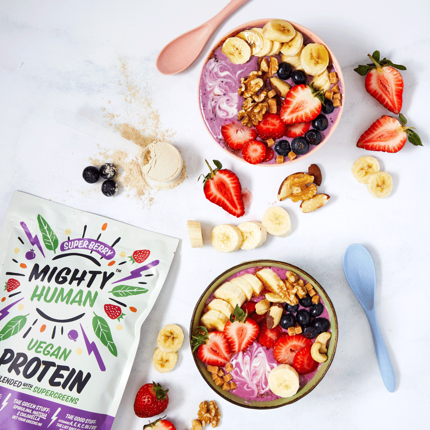 Very berry vegan protein smoothie bowl
