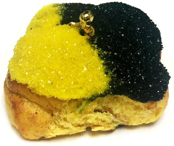 NolaCajun Gourmet Black and Gold Baby King Cake