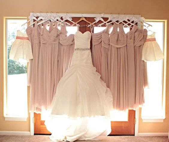 GLAM UP YOUR BRIDAL GOWN HANGERS WITH THESE BREATHTAKING DIY IDEAS!