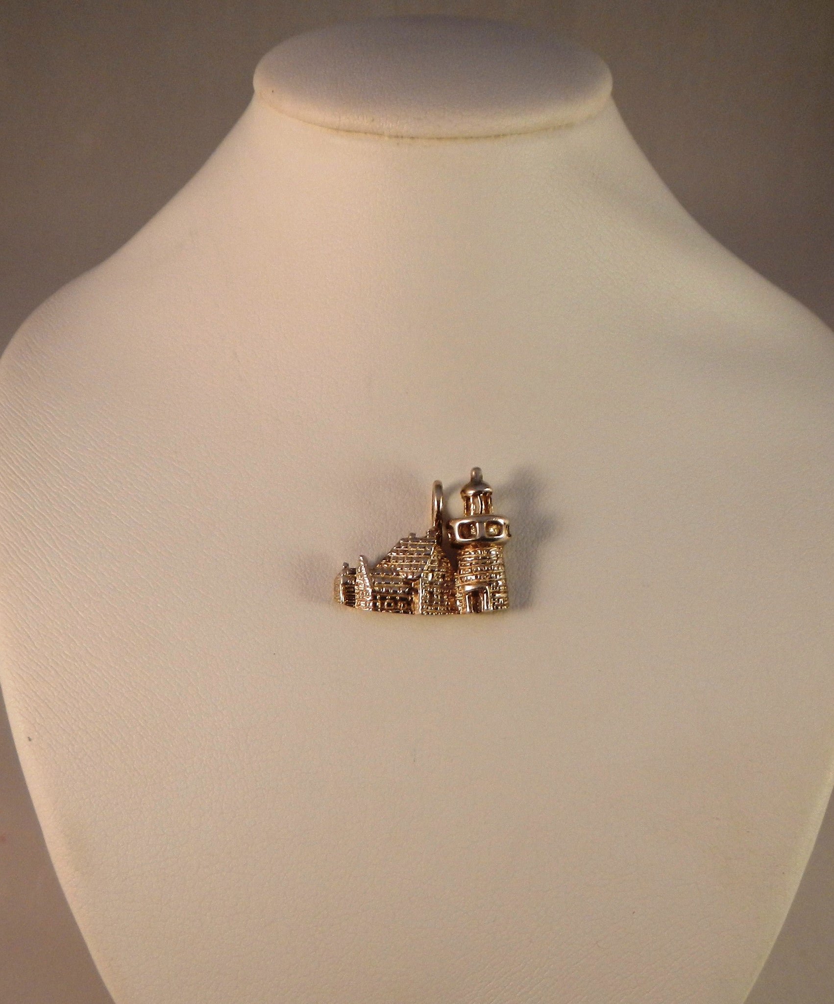 Southeast Lighthouse Pendant