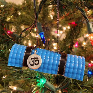 Yoga Mat Ornament - light blue