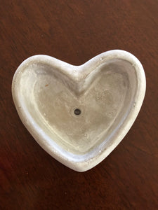 Small love heart pots