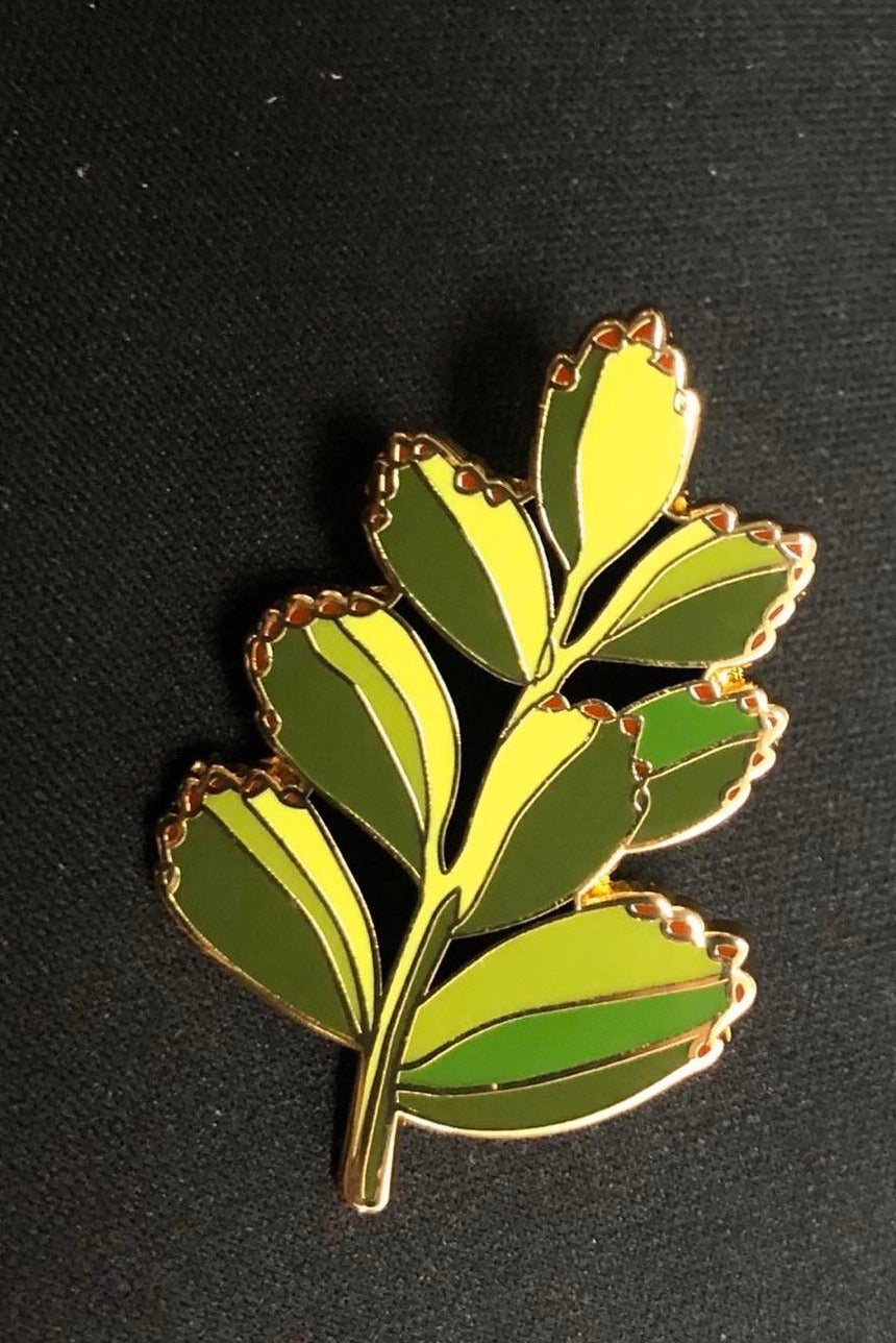 Bears Paws Lapel Pin Badge