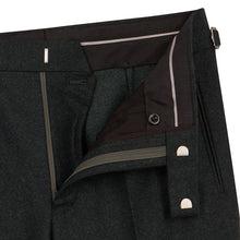 Load image into Gallery viewer, Olive Flannel Contemporary Trousers