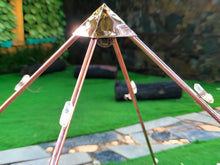 Load image into Gallery viewer, NEW Deluxe Copper Giza Lite Duty  Meditation Pyramid  8 feet Base for Self Healing with seashell and 8 raw crystals