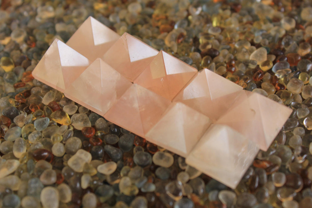 set of 10 Rose Quartz Crystal Pyramid 18 to 22 MM for Point healing, Crystal healing & Feng shui