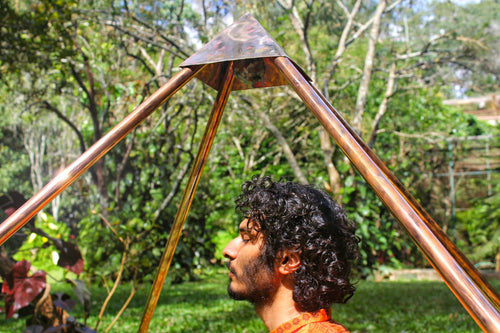 Deluxe Copper Giza heavy wight 8 feet Meditation Pyramid for Self Healing and Hear chikra activation