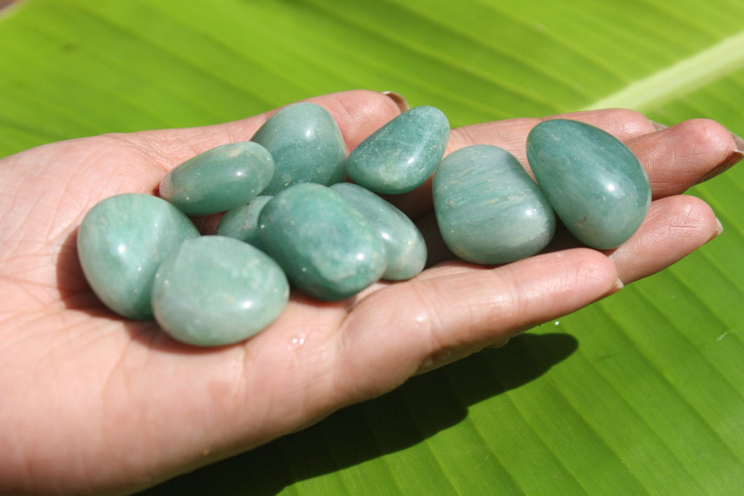 Green Aventurine tumbled stone 50 GMS 5 to 7 PCS