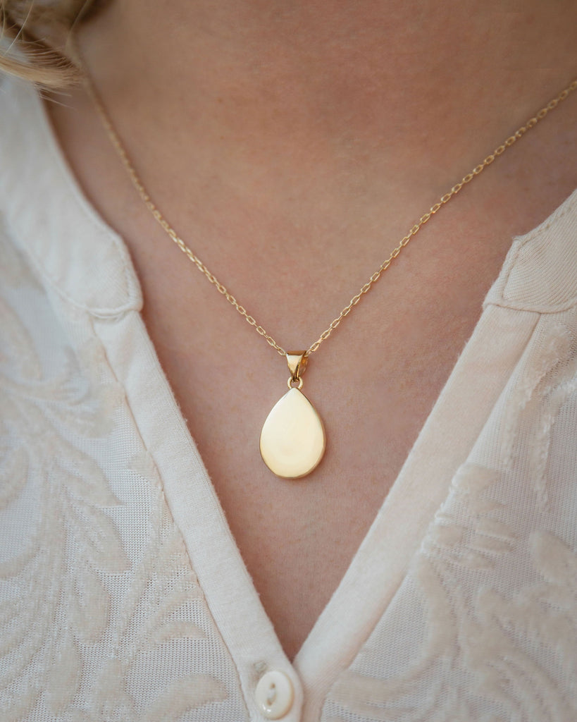 Cara Keepsakes Gold Locket Urns Gold Teardrop Pendant Urn (10K)