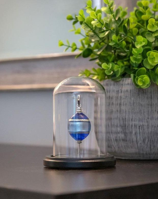 "Cara Keepsakes Keepsake Urn Mini Urn with Glass Dome Keepsake Urn - ""Serenity"" (Olive Shaped)"