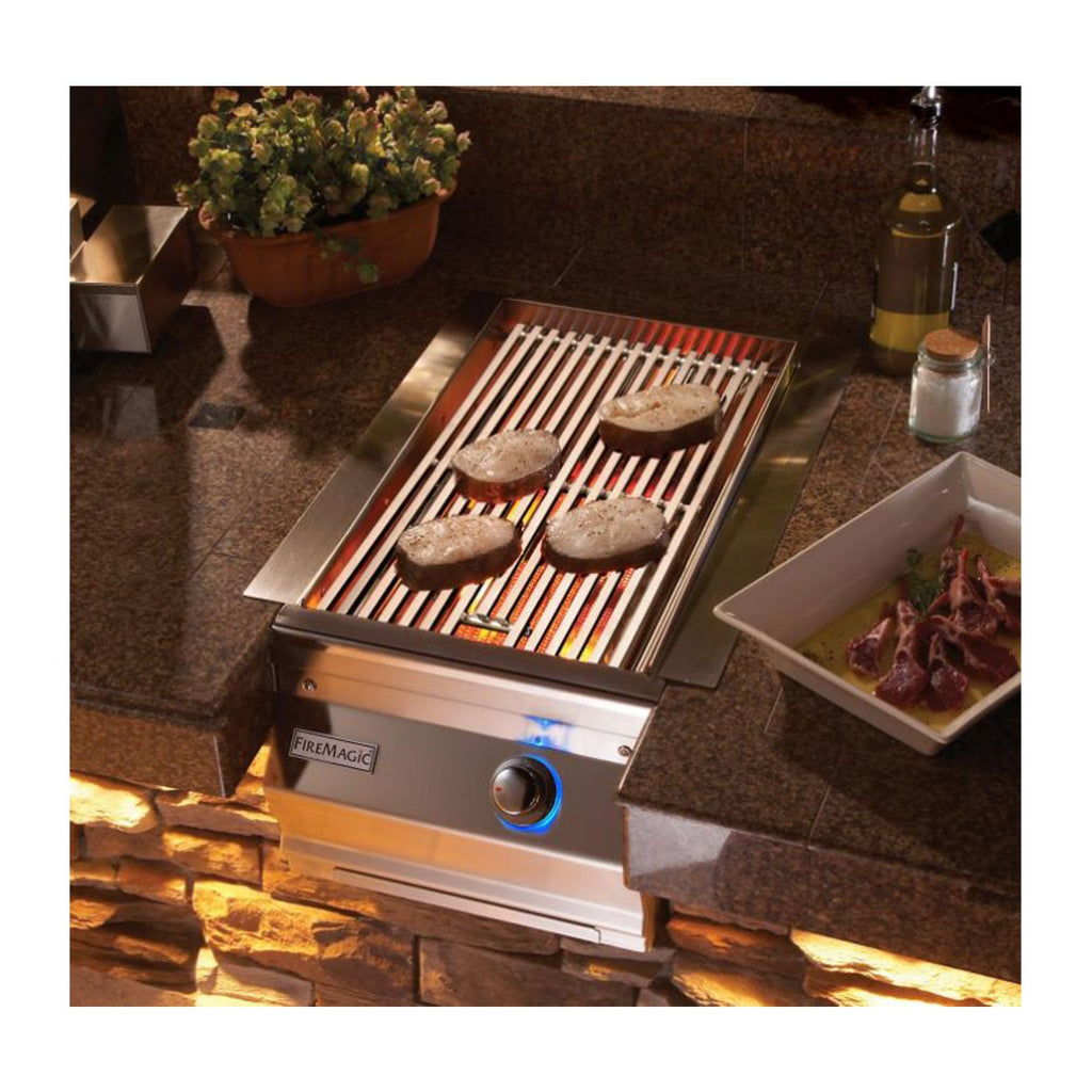 Fire Magic Aurora Propane Gas Built-In Single Infrared Searing Station w/ Stainless Steel Lid - 32877-1P
