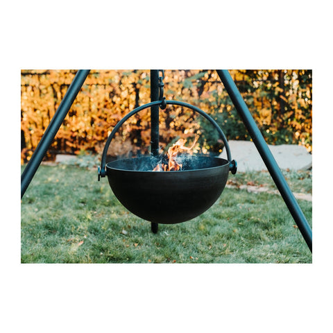 "Cowboy Cauldron ""The Dude"" 24-Inch Diameter Steel Cauldron Fire Pit w/ Collapsible Tripod Legs and Cooking Grate - CC-Dude-Comp"