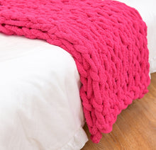 Load image into Gallery viewer, Chenille Chunky Knitted Blanket Weaving Blanket Mat Throw Chair Decor Warm Yarn Knitted Blanket Home Decor For Photography D30