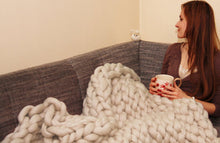 Load image into Gallery viewer, 100x180cm Fashion Hand Chunky Wool Knitted Blanket