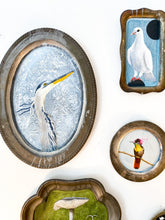 Load image into Gallery viewer, BIRD PAINTING ON TRAY - DOVE