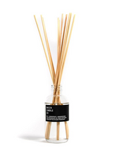 Load image into Gallery viewer, REED DIFFUSER BASIK NO. 1 - GRAPEFRUIT + MANGOSTEEN