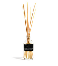 Load image into Gallery viewer, REED DIFFUSER BASIK NO. 4 - BLOOD ORANGE + BERGAMOT