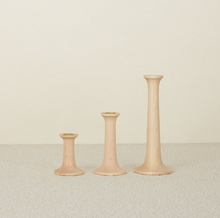 Load image into Gallery viewer, SIMPLE WOOD CANDLESTICKS - MAPLE
