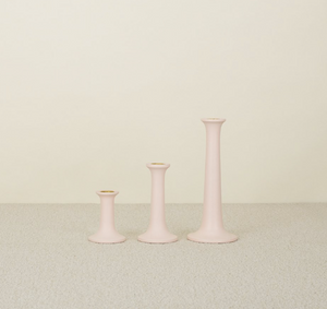 SIMPLE WOOD CANDLESTICKS - BLUSH