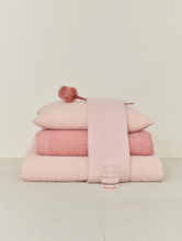 Load image into Gallery viewer, LINEN BEDDING - BLUSH