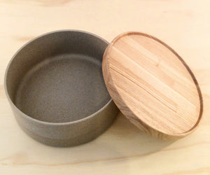 HASAMI PORCELAIN MEDIUM BOWL + LID - SAND