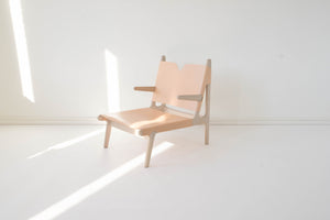 OAK & LEATHER BUCKLE CHAIR - NUDE