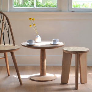 FIN STOOL - WHITE OAK