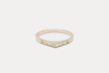 Wide Bateau Ring <br> Diamond Baguette ⟡ Gold