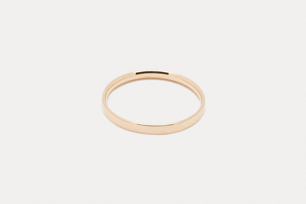 Myk Comfort-Fit Band <br> First-Knuckle ⟡ Gold