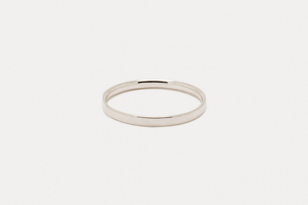 Myk Comfort-Fit Band <br> First-Knuckle ⟡ Silver