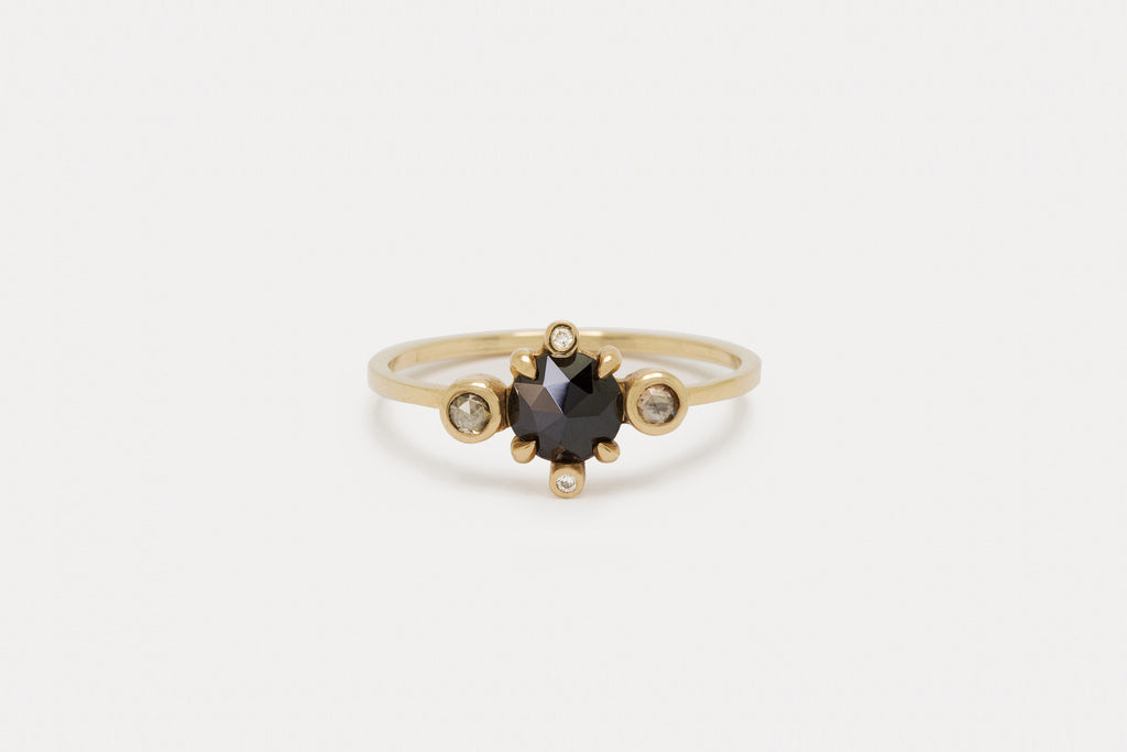 Noble Astral Ring <br> Black Diamond ⟡ Gold