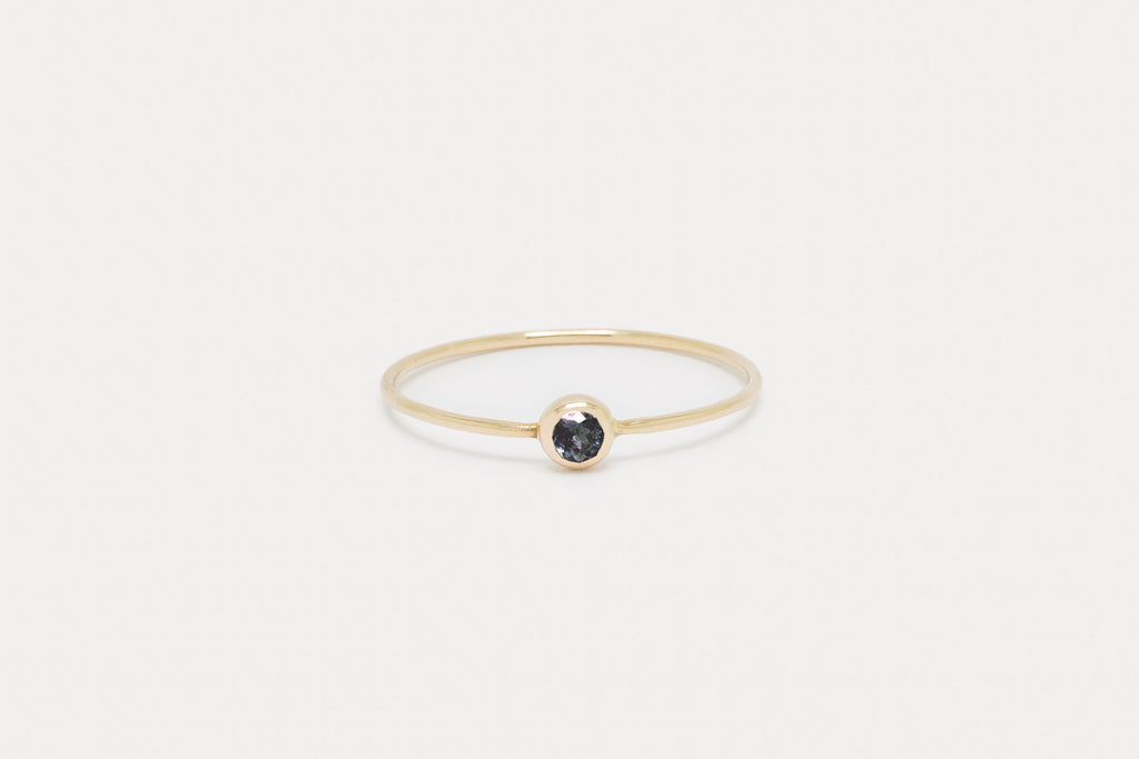 Pip Ring <br> Alexandrite ⟡ Gold