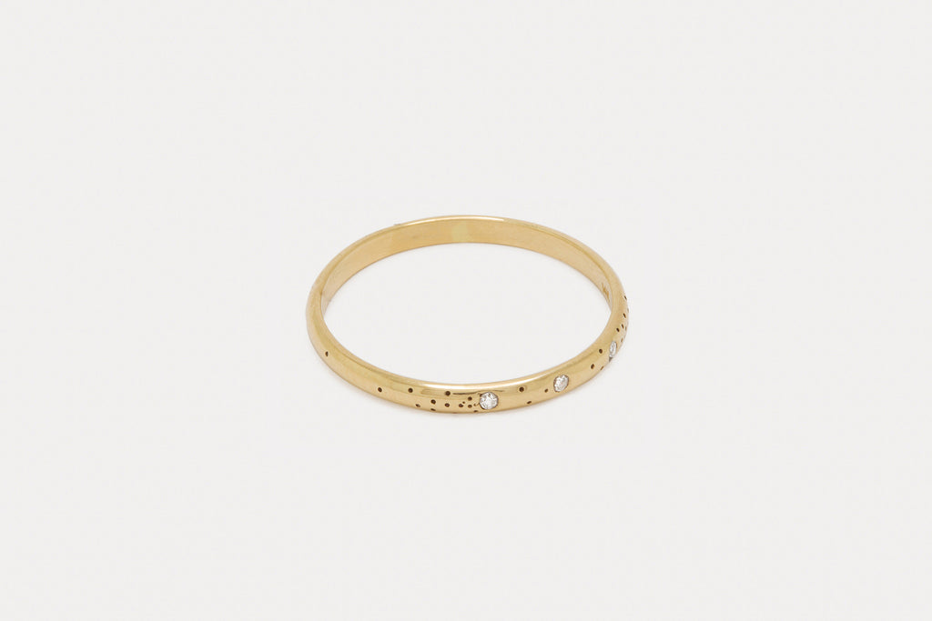 Speckled Band <br> Triple Diamond ⟡ Gold
