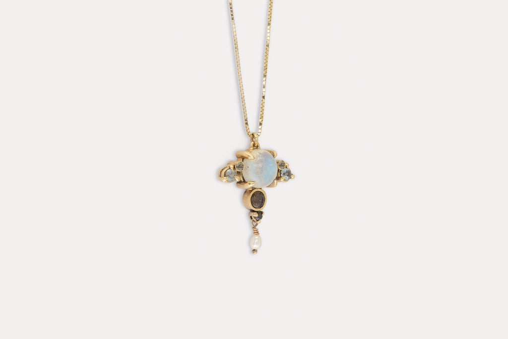 Taurus Necklace <br> Moonstone ⟡ Gold